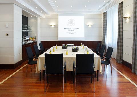 Kempinski Hotel Bristol Berlin - Salon Belvedere