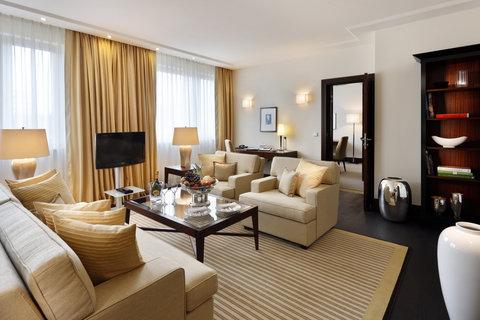 Kempinski Hotel Bristol Berlin - Berlin Suite Livingroom 2