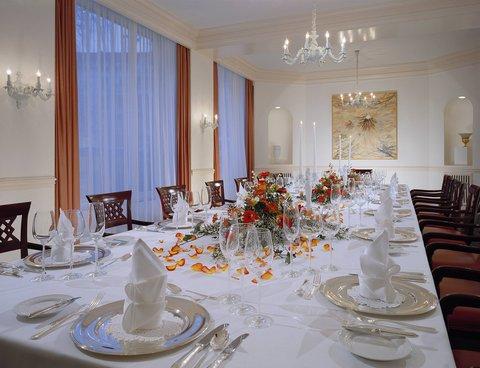 Kempinski Hotel Bristol Berlin - KPM Salon