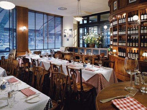 Kempinski Hotel Bristol Berlin - Restaurant Reinhard s im Kempinski Bottschaft
