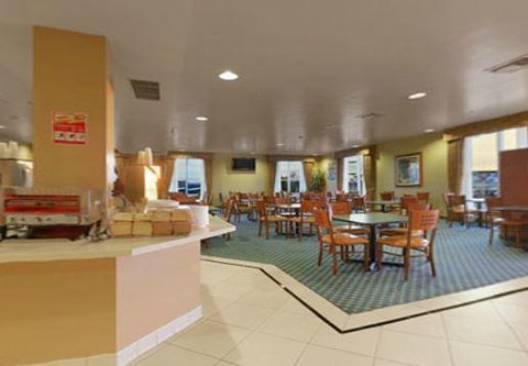 Desert Palms Hotel and Suites - Breakfast