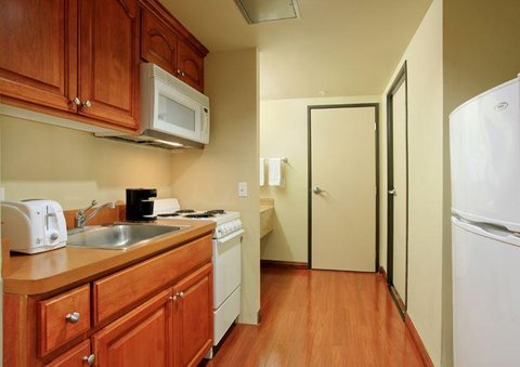 Desert Palms Hotel and Suites - Suite Kitchen