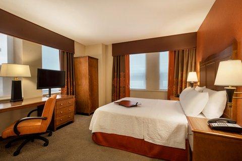 Hampton Inn Manhattan-Downtown-Financial - ADA-Accessible Guest Room