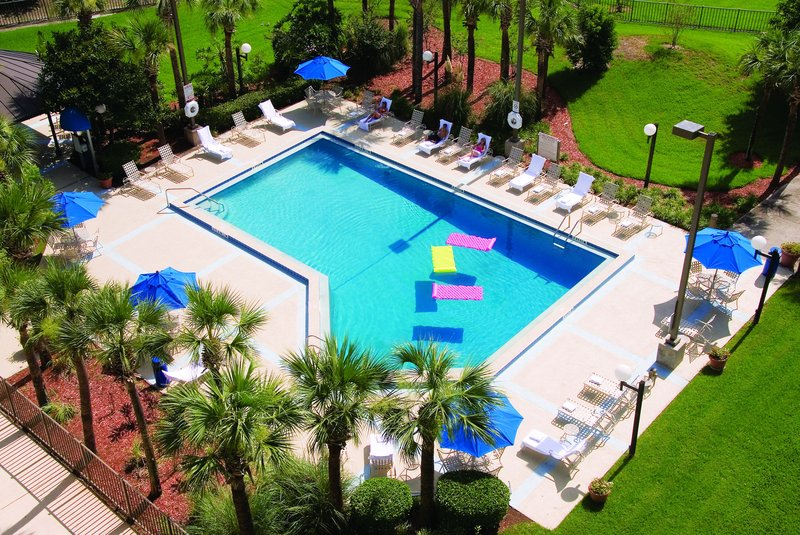 Holiday Inn Select Orlando-International Airport Vista della piscina