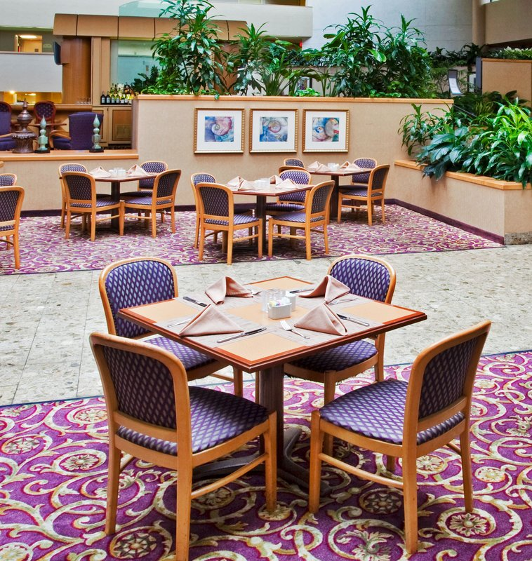 Holiday Inn Select Orlando-International Airport Ristorazione