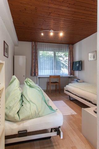 Hotel Linde Stettlen - Budget Twin Bed Room