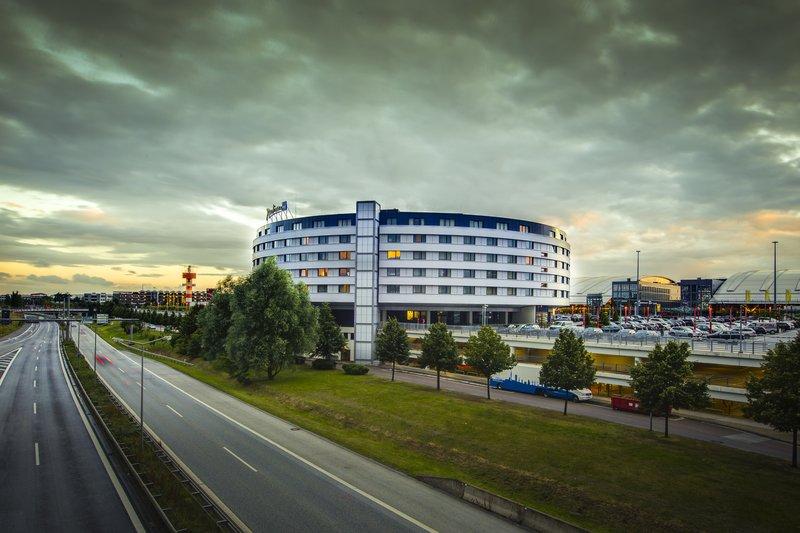 Radisson Blu Hotel Hamburg Airport Dış görünüş
