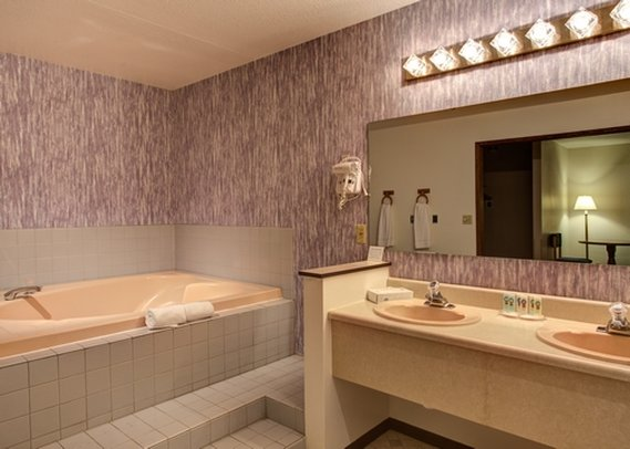 Quality Inn & Suites - Goldendale, WA