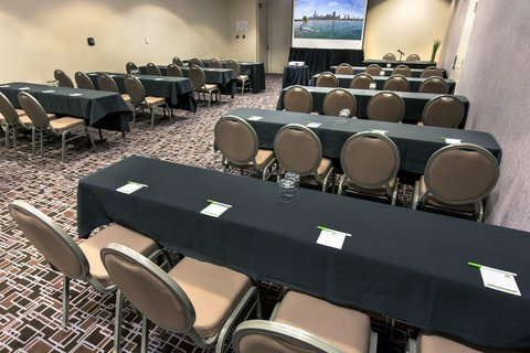 Holiday Inn Chicago Mart Plaza Hotel - Western Stage House