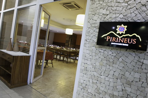Radisson Aracaju Hotel - Restaurante Pirineus