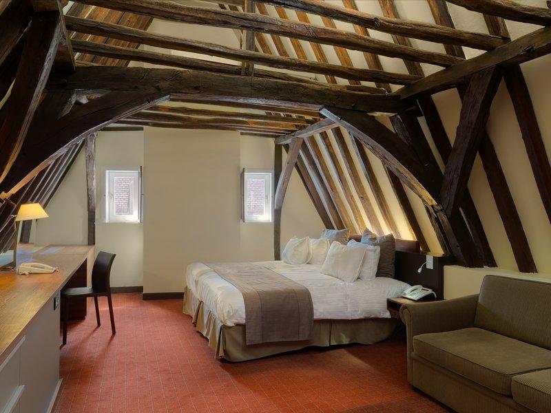 Crowne Plaza Hotel Brugge Zimmeransicht