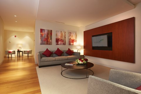 The Airport Hotel - Transit Only - Presidential Suite