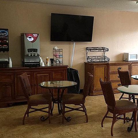 Astoria Hotel Suites Orange Pa - Lobby