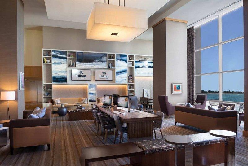 Hilton San Diego Bayfront Gastronomi