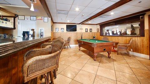 BEST WESTERN PLUS Oceanside Inn - Bar Lounge