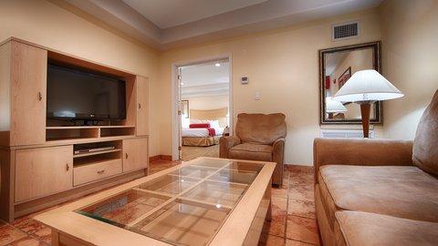BEST WESTERN PLUS Oceanside Inn - Guest Room