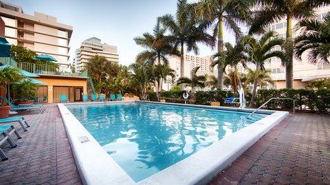BEST WESTERN PLUS Oceanside Inn - Pool