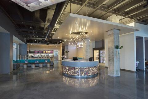 Aloft Tampa Downtown - Lobby