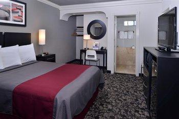 Americas Best Value Inn Hollywood - Room