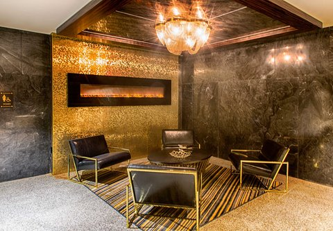Metropolitan at The 9, Autograph Collection - Ledger Bar - Sitting Area