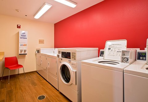 TownePlace Suites Dodge City - Guest Laundry Facility