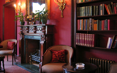 Melville Castle - The Library Bar