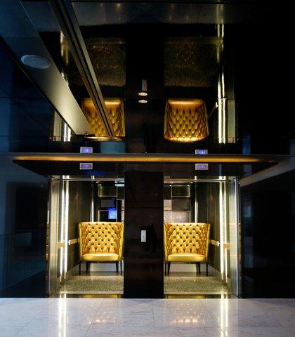 African Pride 15 on Orange Hotel - Golden Chair Lift