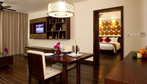 Salinda Premium Resort and Spa - Suite Sea View Hotel at Salinda Premium Resort   S