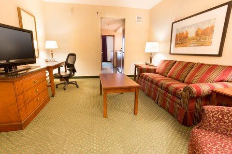 Drury Inn Suites Charlotte N Lake - Two-Room Suite