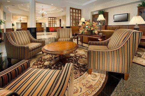 Drury Inn Suites Charlotte N Lake - Lobby