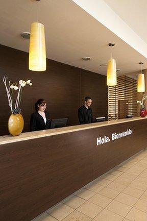 NH Hamburg Horn - Reception