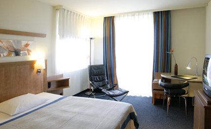 NH Hamburg Horn - Standard Room