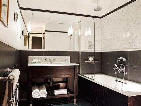 The Scotsman Hotel Preferred Hotels and Resorts - Bathroom