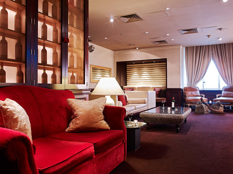 The Scotsman Hotel Preferred Hotels and Resorts - Vermillion Lounge
