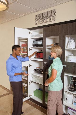 Candlewood Suites DETROIT-ANN ARBOR - Guest Services