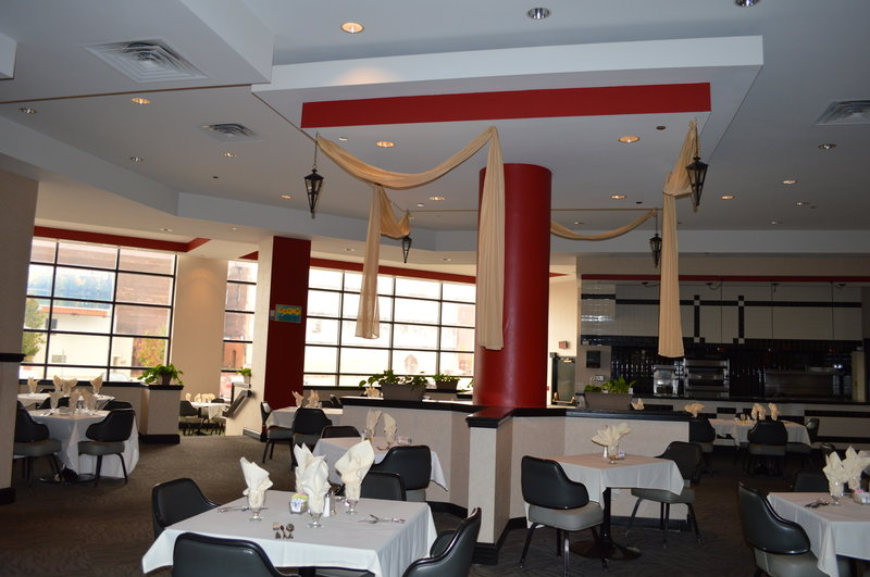 Park Inn Toledo, OH Ravintolat
