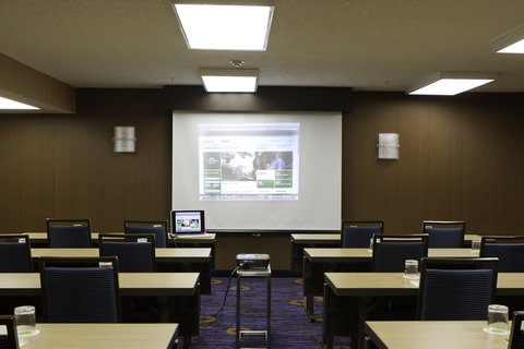 Courtyard Dallas DFW Airport North/Irving - Classroom Style Meeting Room