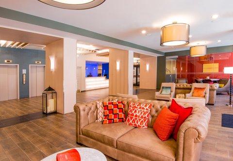 Fairfield Inn & Suites Charlotte Uptown - Lobby