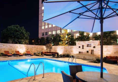 Fairfield Inn & Suites Charlotte Uptown - Outdoor Pool