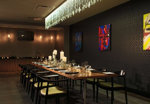 Renaissance Cincinnati Downtown Hotel - Private Dining Room