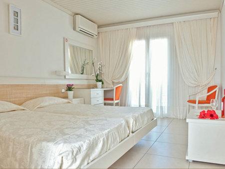 Aeolos Hotel Mykonos - Bedroom