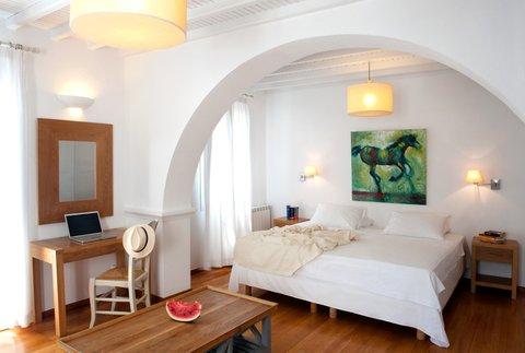 Elena Hotel - Bedroom