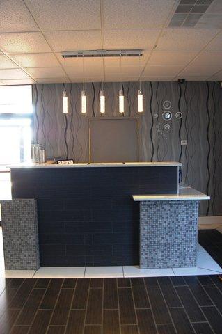 Best Western Santa Fe Inn Hotel - Updated Front Desk