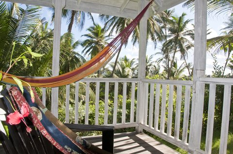 Sea U Guest House - Cottage Apart  - Private Patio