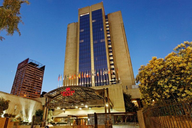 Crowne Plaza Hotel Santiago Pohled zvenku