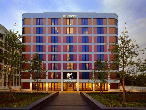 Element Frankfurt Airport - Hotel Exterior