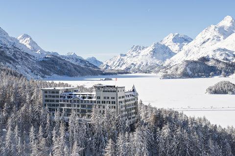 Hotel Waldhaus - Exterior in Winter