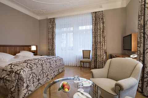 Hotel Waldhaus - Guestroom