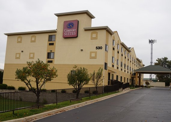 Comfort Suites - Lombard, IL