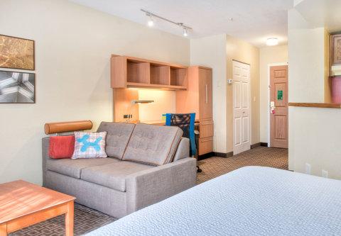 TownePlace Suites Charlotte University Research Park - Home Office Studio Suite